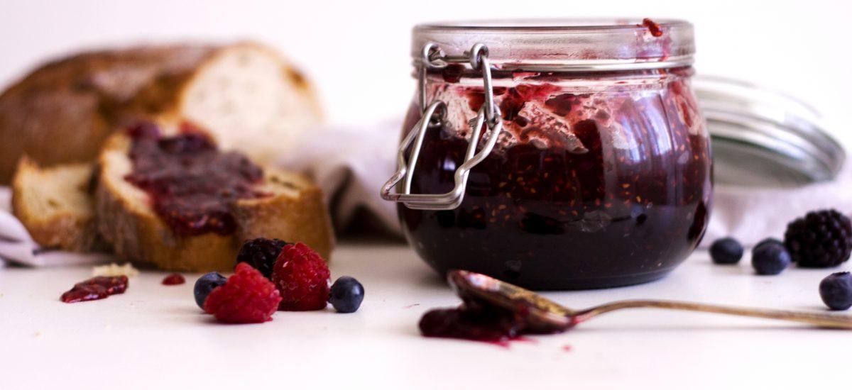 4-ingredient sugar-free Raspberry Jam