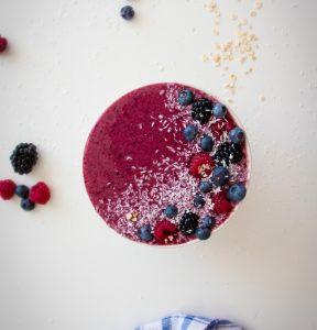 4-ingredient Berry Smoothie Bowl
