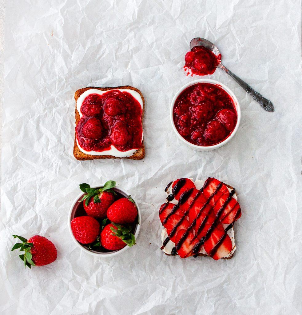 Toast with Greek yogurt and strawberry jam
