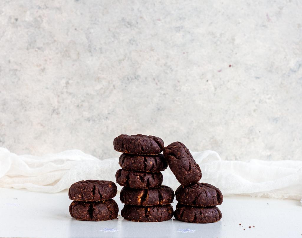 4-ingredient chocolate cookies